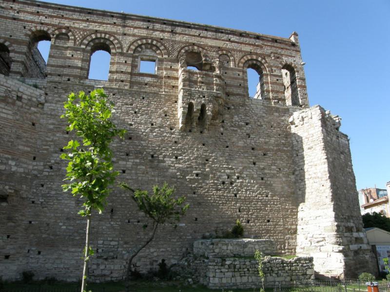 Tekfur-Palace5.jpg